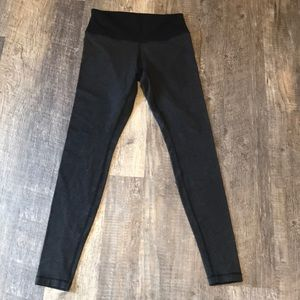 Lululemon hi Waist leggings 6/8